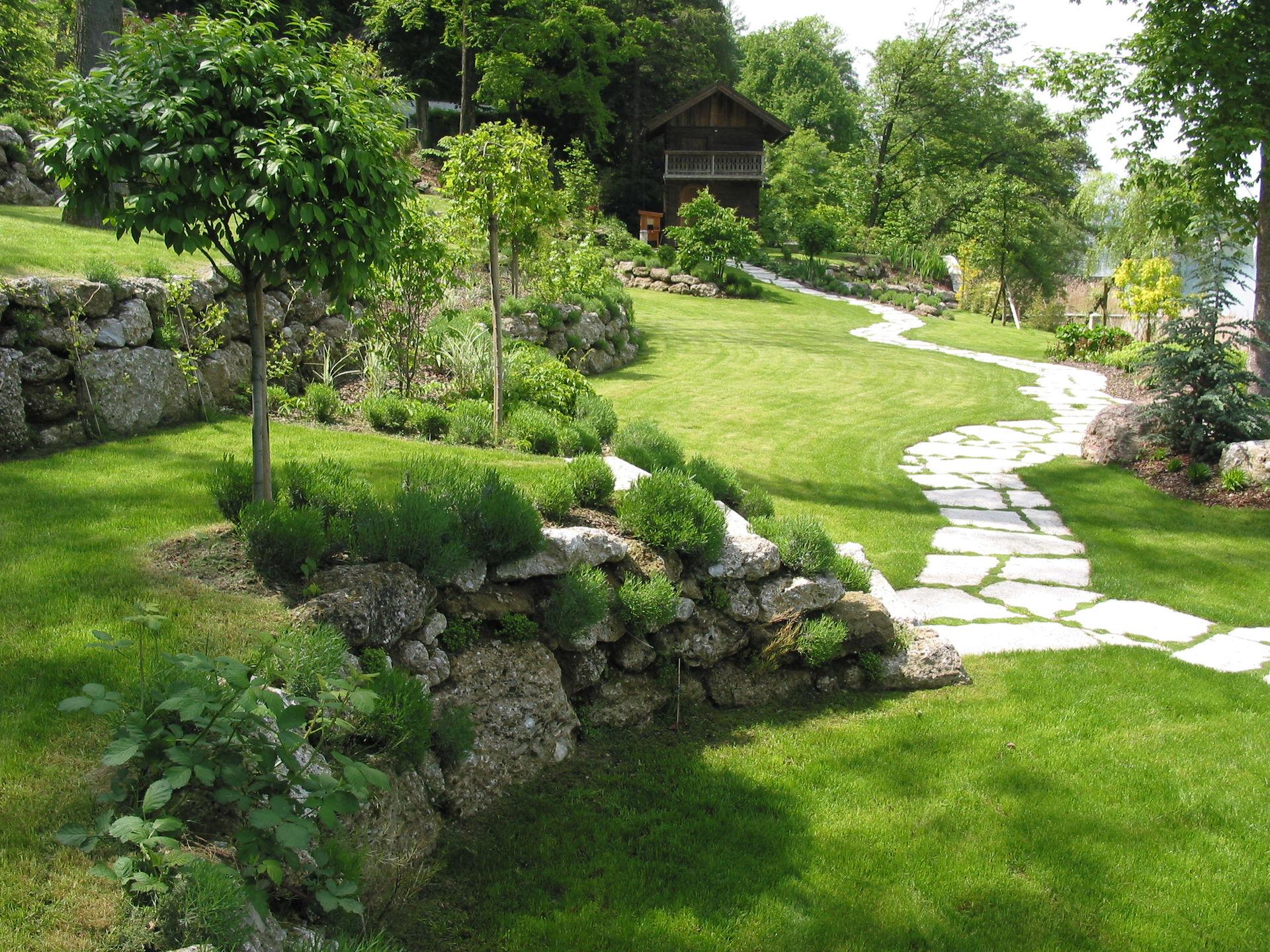 Gartengestaltung mit naturstein gartengestaltung for Gartengestaltung 24